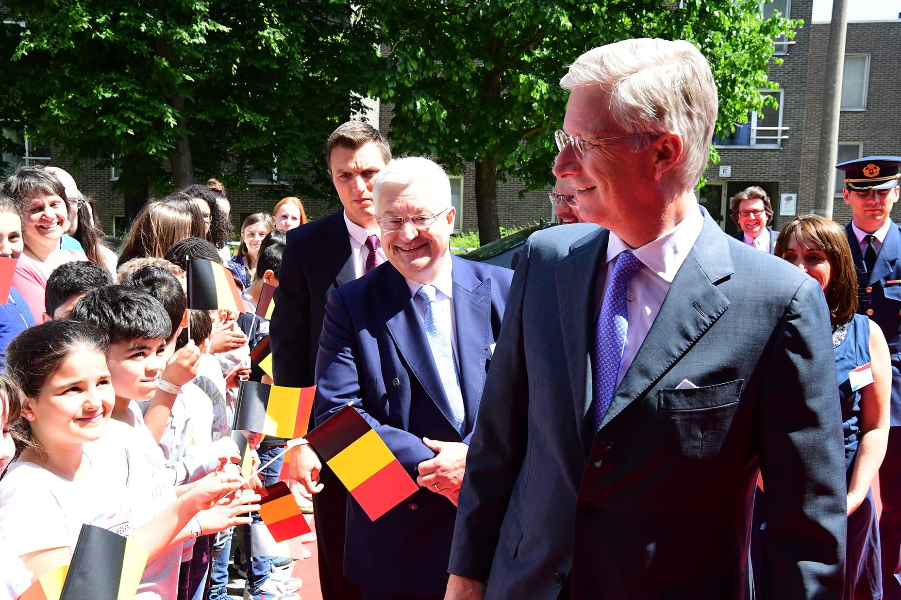 Avec le Roi Philippe lors de la visite de la formation d'enseignants bilingues