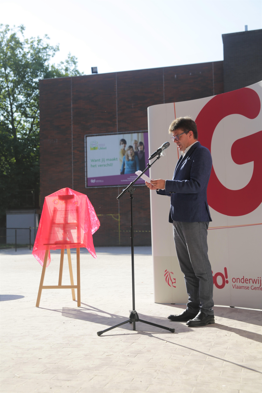 Le Ministre Sven Gatz inaugure une nouvelle école primaire GO! à Uccle