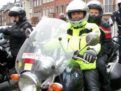 Carla Dejonghe neemt minister mee op de motor