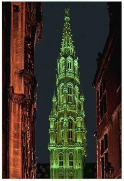 Stadhuis kleurt groen voor St. Patricks' Day
