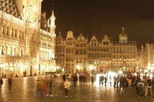 Nieuwe feestelijke verlichting van de Grote Markt van Brussel