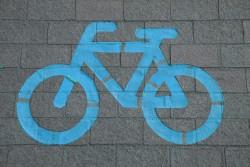 Brussels schepen Els Ampe rolt fietsrekkenplan uit in de Vijfhoek