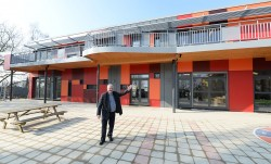 Jetse kleuterschool Dageraad krijgt nieuwe infrastructuur en speelplaats