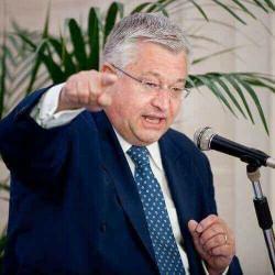 Minister Guy Vanhengel ziet hoopvolle stijging van vastgoedtransacties in Brussels Gewest