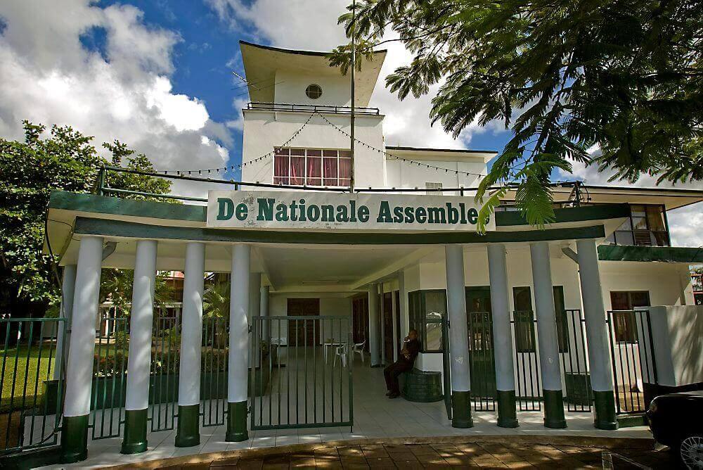 Raad Vlaamse Gemeenschapscommissie op werkbezoek in Suriname