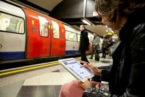 Wifi in de Brusselse metro: een stap dichterbij?