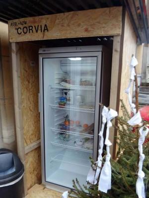 Breng uw restjes naar de open koelkast in Schaarbeek