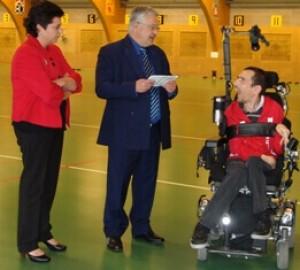 Bronzen zinneke voor paralympisch atleet Pieter Cilissen